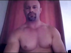str2 daddy shows off that brawny bod and penis